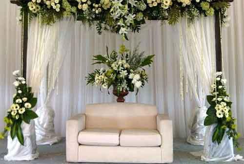 Harga Dekorasi Pernikahan atau Dekorasi Pelaminan yang Murah dan Minimalis 04 - Finansialku