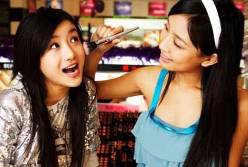 Hi Ladies! Sudah Tahu 5 Pusat Kosmetik Online yang Aman dan Hemat 01 - Finansialku