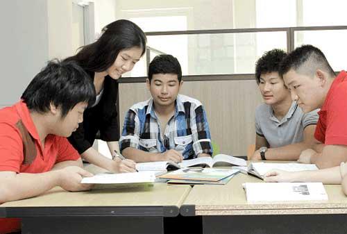 Menimba Ilmu Di Homeschooling Ketahui Kelebihan dan Kekurangan Sebelum Memutuskan Anak Sekolah 02 - Finansialku