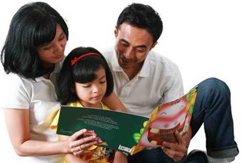 Moms, Ketahui Cara Mendidik Anak Tentang Uang dari Usia 2-16 Tahun 01 - Finansialku