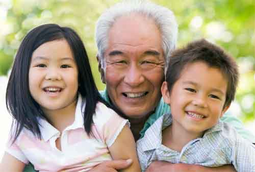 Nyaris Terlambat, Seorang Karyawan Baru Menyiapkan Dana Pensiun di Usia 40 an. Jangan Khawatir Ini Strategi yang Dapat Anda Lakukan! 01 - Finansialku