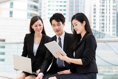 Para HRD 7 Alasan Pentingnya Dana Darurat untuk Karyawan di Perusahaan Anda 01 - Finansialku