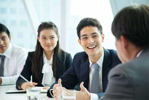 Para HRD 7 Alasan Pentingnya Dana Darurat untuk Karyawan di Perusahaan Anda 02 - Finansialku