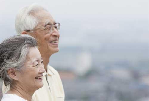 Para Karyawan Coba Jawab Umur Berapa Seharusnya Saya Mulai Menyiapkan Dana Pensiun 01 - Finansialku
