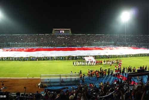 Pengibaran Bendera Merah Putih Anti Mainstream di Indonesia, Lihat yang Kedua! 05 - Finansialku