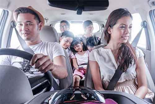 Sebelum Ambil Kredit Mobil, Pilih Fitur Mobil Keluarga Berikut Ini 01- Finansialku