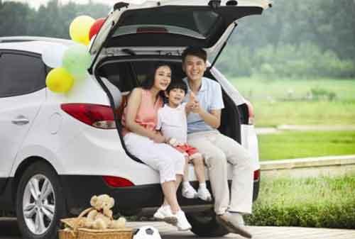 Sebelum Ambil Kredit Mobil, Pilih Fitur Mobil Keluarga Berikut Ini 02 - Finansialku