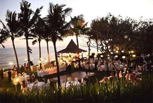Yuk Intip 10 Hotel di Bali yang Dipakai Sebagai Tempat Resepsi Pernikahan Pasangan Artis Indonesia 05 - Finansialku