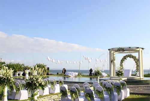 Yuk Intip 10 Hotel di Bali yang Dipakai Sebagai Tempat Resepsi Pernikahan Pasangan Artis Indonesia 12 - Finansialku