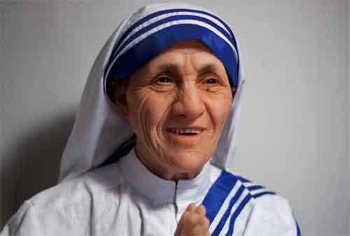 20 Kata-kata Mutiara Mother Teresa yang Membuat Hidup Anda Lebih Baik 01 - Finansialku