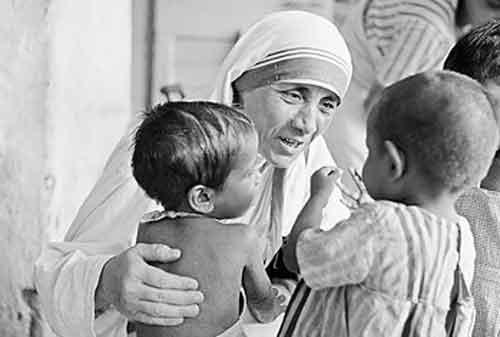 20 Kata-kata Mutiara Mother Teresa yang Membuat Hidup Anda Lebih Baik 02 - Finansialku