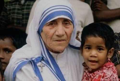 20 Kata-kata Mutiara Mother Teresa yang Membuat Hidup Anda Lebih Baik 03 - Finansialku