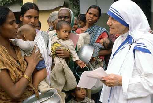 20 Kata-kata Mutiara Mother Teresa yang Membuat Hidup Anda Lebih Baik 04 - Finansialku