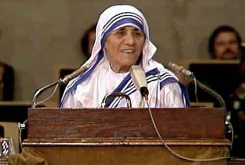 20 Kata-kata Mutiara Mother Teresa yang Membuat Hidup Anda Lebih Baik 06 - Finansialku