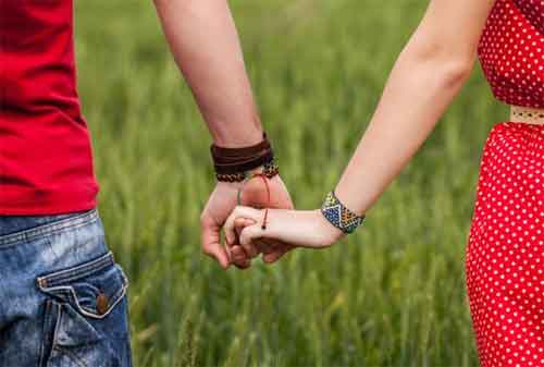 7 Cara Menghemat Uang Saat Pacaran bagi Pasangan Muda 03 - Finansialku