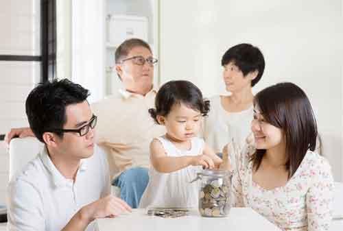 Moms, Punya Anak Usia 10 Tahun Berikut 12 Cara Mendidik Anak tentang Uang yang Dapat Anda Praktikkan 02 - Finansialku