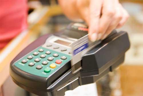 Apa Yang Terjadi Jika Gesek kartu Kredit Dua Kali Ketahui Bahayanya! 01 - Finansialku