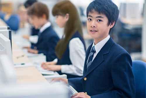 Berapa Biaya Kuliah Kelas Karyawan dan 14 Universitas Tempat Kuliah Kelas Karyawan 02 - Finansialku