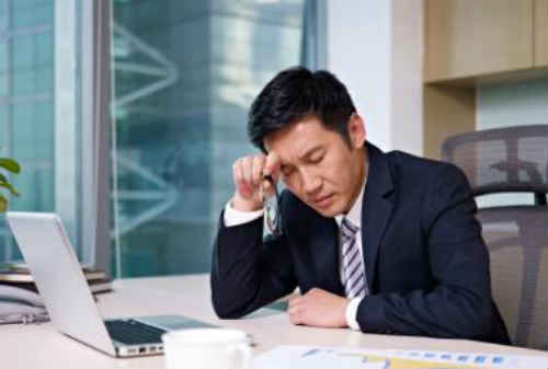 Bro, Sis! Ini 5 Cara Tingkatkan Kredibilitas Meskipun Pengalaman Kerja Masih Minim! 02 - Finansialku
