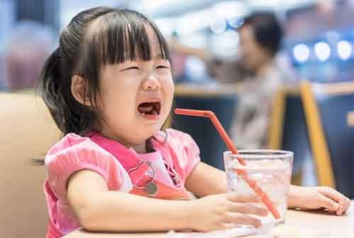 Bunda, Ini Lho 10 Cara Mengatasi Anak Rewel di Supermarket 02 - Finansialku