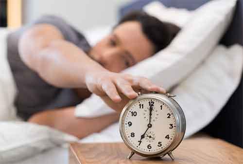 Dilarang Keras Melakukan 5 Hal Ini Saat Bangun Tidur! Niscaya Bahagia! 01 - Finansialku