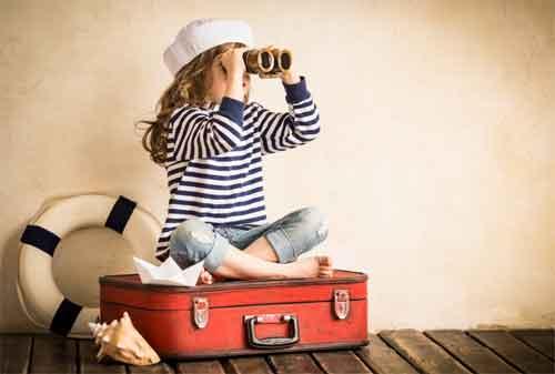 https://www.finansialku.com/wp-content/uploads/2017/10/Siapapun-Bisa-Travelling-Jika-Ikuti-7-Cara-Travelling-Hemat-Ini-02-Finansialku.jpg