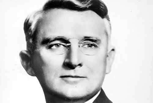 Simak 50 Kata-kata Bijak Dale Carnegie Yang Membuat Anda Semakin Sukses Dan Bersemangat 07 - Finansialku