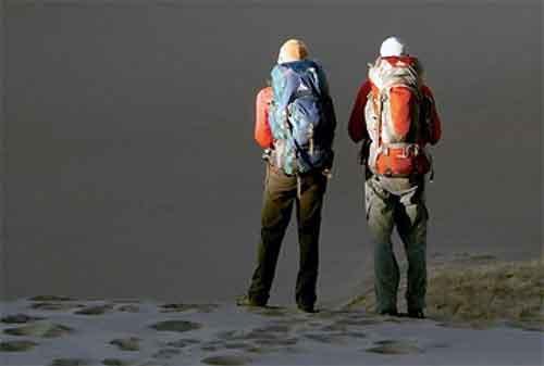 Apa Bisa Umroh Backpacker Ini Dia Panduan Ke Tanah Suci Dengan Biaya Minim 01 - Finansialku