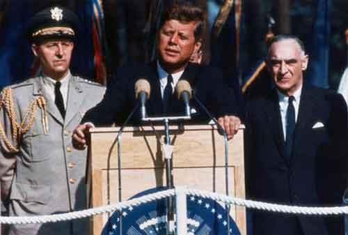 Belajar Mencapai Kesuksesan Hidup Melalui Kata-kata Bijak John F. Kennedy 05 - Finansialku