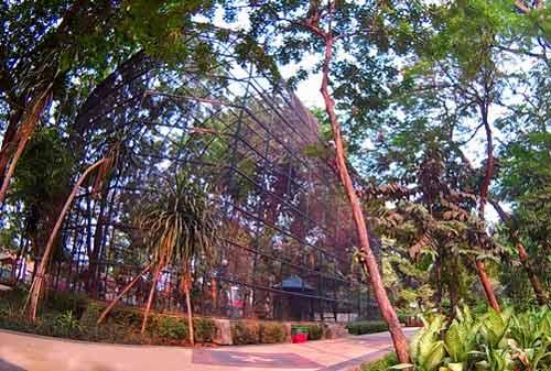 50 Tempat Wisata Surabaya Yang Harus Dikunjungi Saat