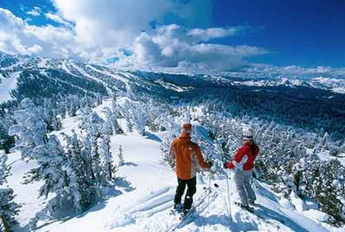 12 Tempat Menikmati Musim Salju di Asia saat Liburan Akhir Tahun 01 - Finansialku