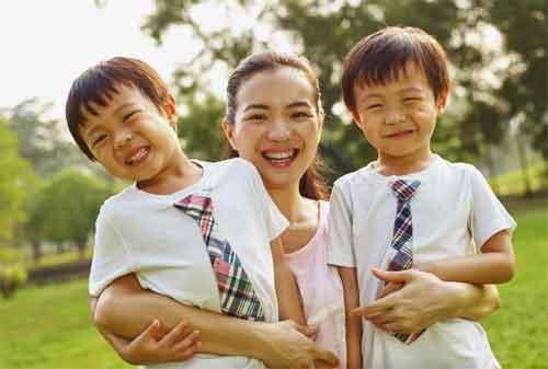 20 Cara Memiliki Kehidupan Keluarga Bahagia untuk Single Parent 01 - Finansialku