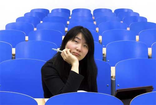 5 Kesalahan Investasi yang Sering Dilakukan Saat Berusia 20-an 02 Mahasiswa - Finansialku