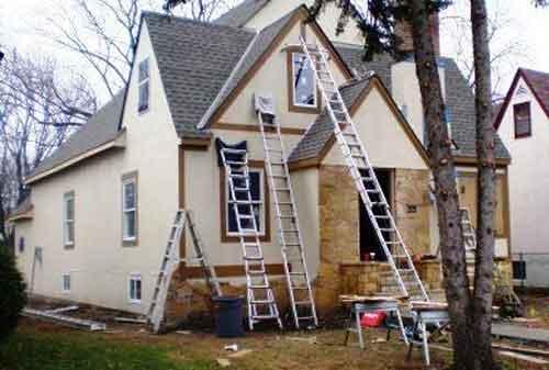 Hati-hati Barang Bawaan Anda Saat Renovasi Rumah 03 Renovasi Rumah Atap - Finansialku