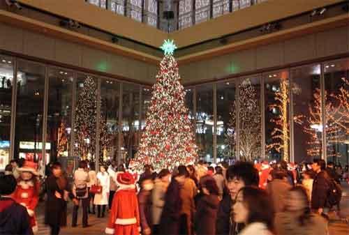 Libur Natal dan Tahun Baru 01 - Finansialku