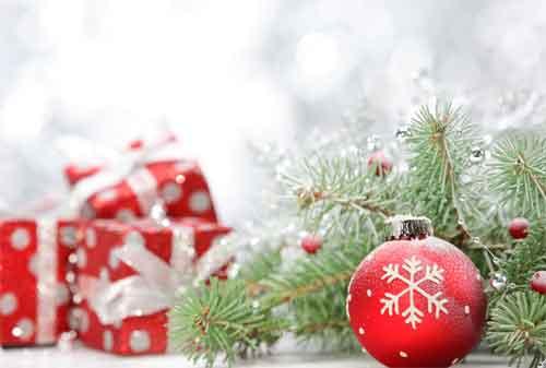 Libur Natal dan Tahun Baru 04 Pernak Pernik - Finansialku