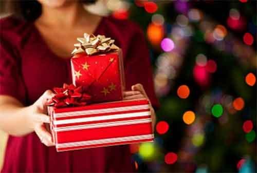Libur Natal dan Tahun Baru 06 Membeli Kado - Finansialku