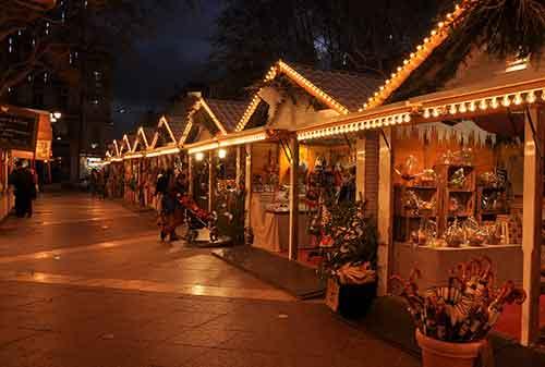 Liburan Natal Provence Prancis - Finansialku
