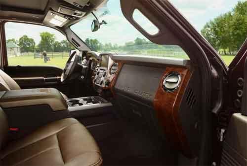 Mari Melihat King Auto Interior, Bagian dari King Auto Grup yang Meraja di Bisnis Otomotif 03 - Finansialku