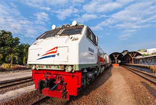 PT KAI Siapkan 20 Kereta Api Tambahan Hadapi Liburan Natal 2017 dan Liburan Tahun Baru 2018 02 - Finansialku