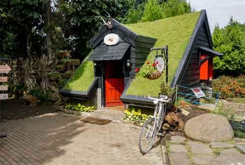 Rumah Hobbit Bandung 05 - Finansialku