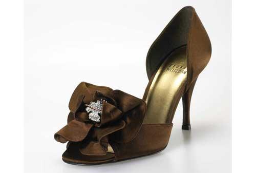 Sepatu Termahal di Dunia 15 Stuart Weitzman Rita Hayworth - Finansialku