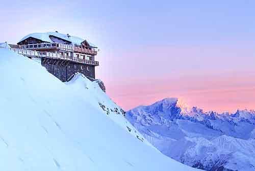 10 Resort Ski Termewah di Dunia 02 Couchlevel 1850 - Finansialku