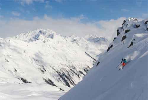 10 Resort Ski Termewah di Dunia 05 Klosters - Finansialku