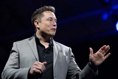 13 Kebiasaan Orang Sukses Di Malam Hari Sebelum Tidur 08 Elon Musk