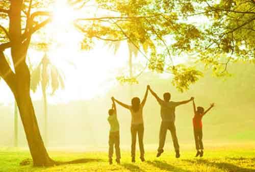 25 Kiat Sukses Agar Anda Hidup Bahagia 02 Keluarga - Finansialku