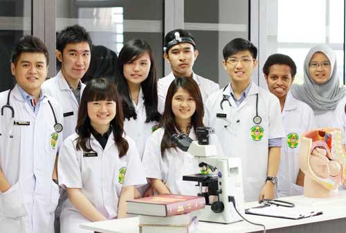 Biaya Kuliah Fakultas Kedokteran Swasta Mahasiswa 01 Finansialku