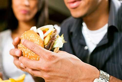 Cara Hidup Sehat Jika Sering Duduk 04 Makanan Junk Food Fast Food - Finansialku