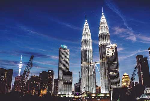 Destinasi-Luar-Negeri-04-Kuala-Lumpur-Finansialku