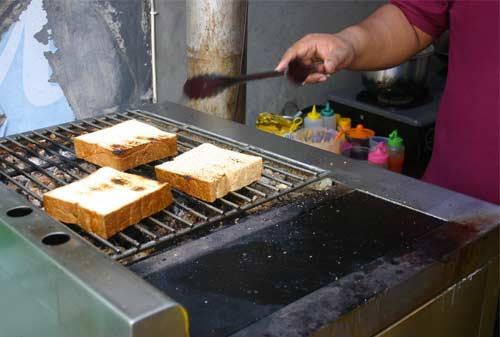 Homemade Dapoer Roti Bakar Finansialku